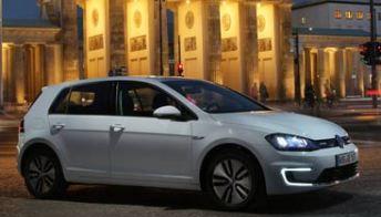 Test Volkswagen e-Golf, la prima volta elettrica. Foto-pagella