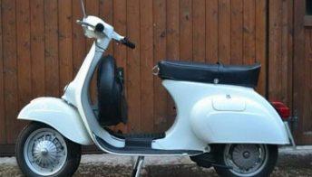 Storia della Vespa Primavera, lo scooter dei sessantottini. Foto