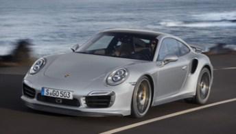 """Porsche 911 Turbo S, la sportiva che """"sterza da sola"""". Foto"""