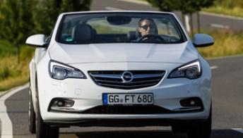 Opel Cascada 1.6 SIDI Turbo, con il nuovo motore vola fino a 235 Km/h. Foto