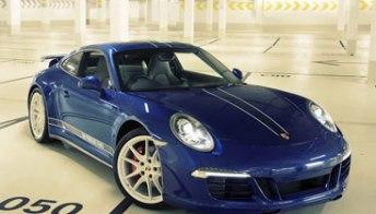 La Porsche 911 speciale la disegnano i fan di Facebook. Foto