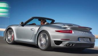 Porsche 911 Turbo Cabriolet: accelerazioni brucianti a cielo aperto