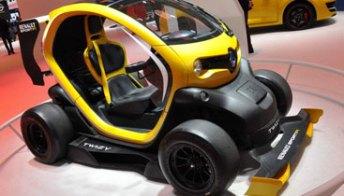 Renault Twizy Sport F1, in città come in Formula1. Foto