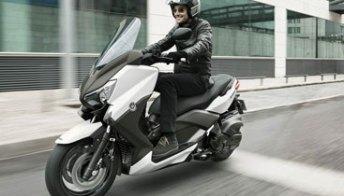Yamaha X-Max 400 2013, il maxiscooter agile e sportivo.Foto