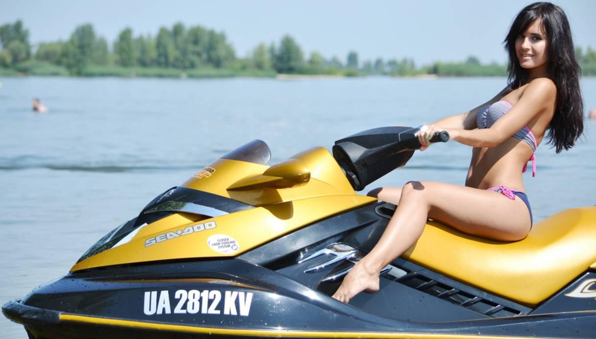 Per guidare la moto d'acqua occorre la patente   Virgilio Motori