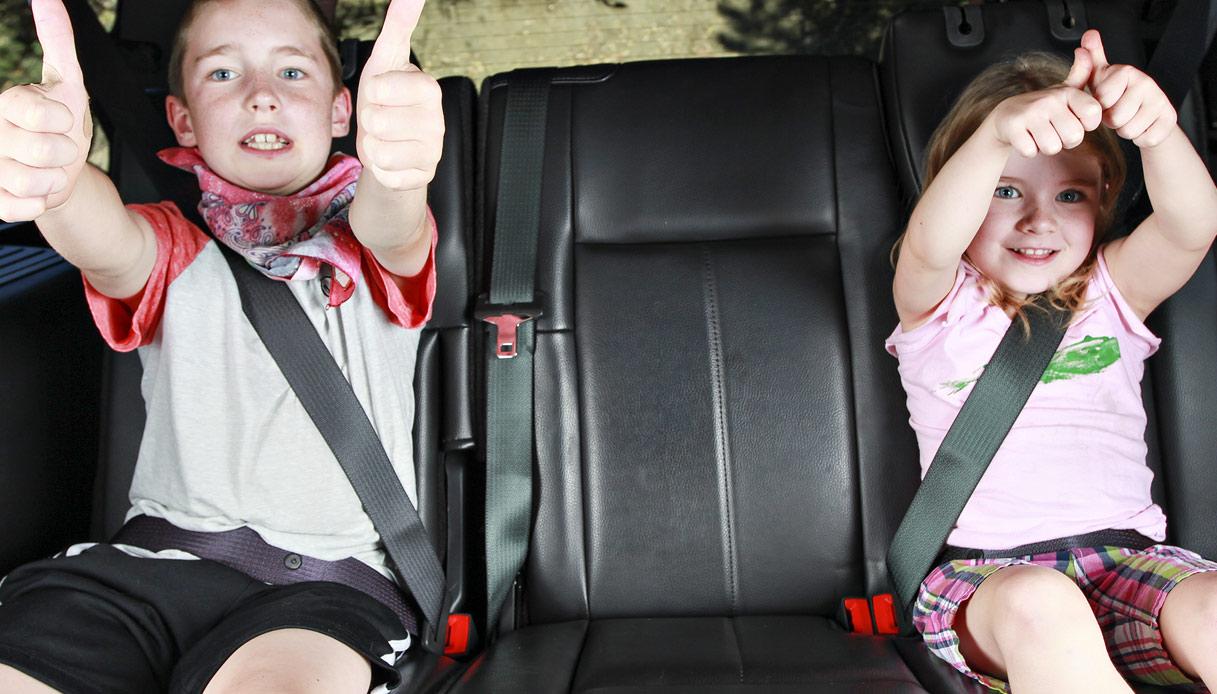 Seggiolini bambini per auto: cambia la normativa ...