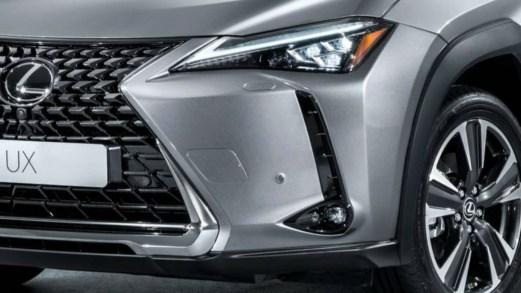 UX, primo scatto per l'urban crossover Lexus