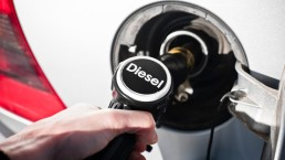 Calano le immatricolazioni delle auto diesel: pesa la criminalizzazione