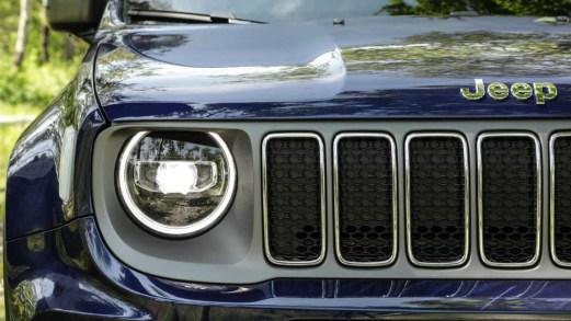 Jeep Renegade, addio al diesel: a Melfi la produzione della versione ibrida plug-in