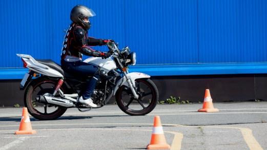 Patente moto: sarà più difficile con la prova pratica 'ad alta velocità'