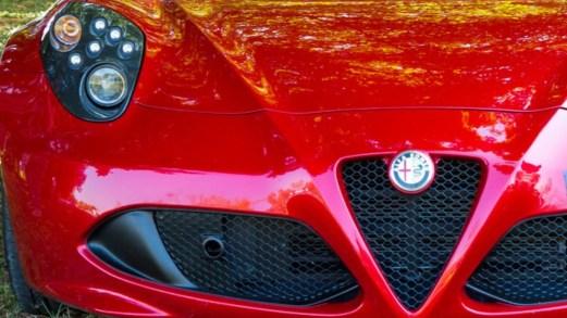 Salone di Ginevra, la sorpresa da 700 Cv di Alfa Romeo