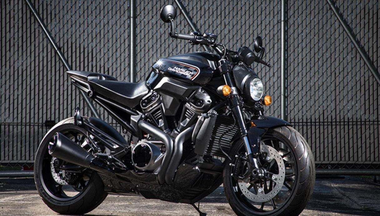 Harley Davidson annuncia 3 nuovi modelli: Streetfighter