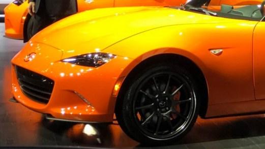 Salone di Ginevra, Mazda festeggia 30 anni di MX-5