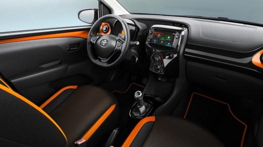 L'estetica stravagante della nuova Toyota Aygo al Salone di Ginevra