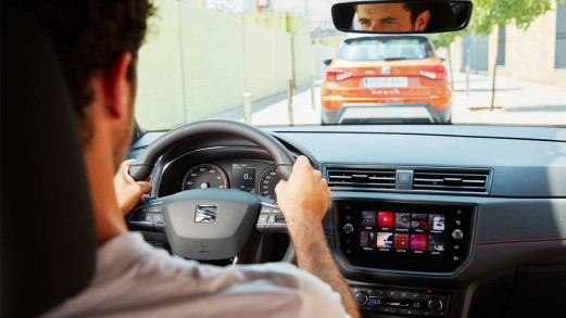 Nuova SEAT Arona TGI a metano: prezzo e design giovani in un SUV dall'anima green