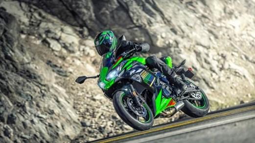 Kawasaki Ninja 650, nuovo look da supersportiva moderna