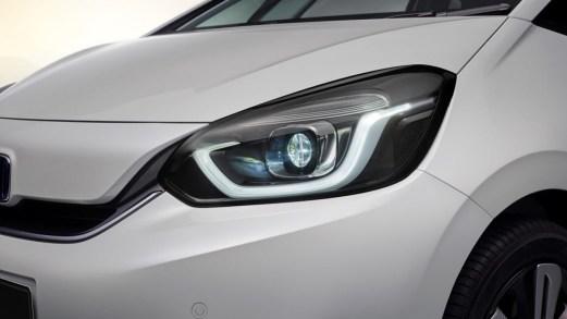 Nuova Honda Jazz, la city car si evolve e diventa ibrida