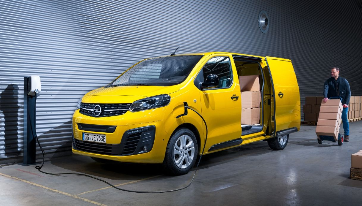 Opel-Vivaro-e new