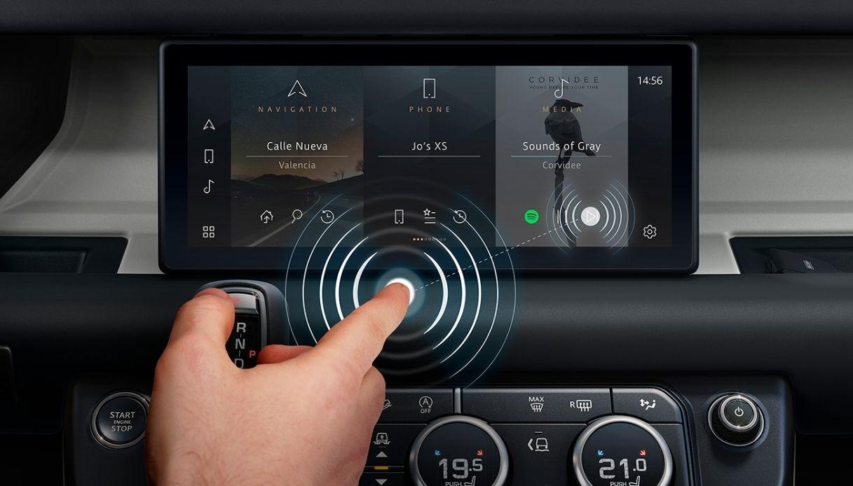 jaguar land rover touchscreen