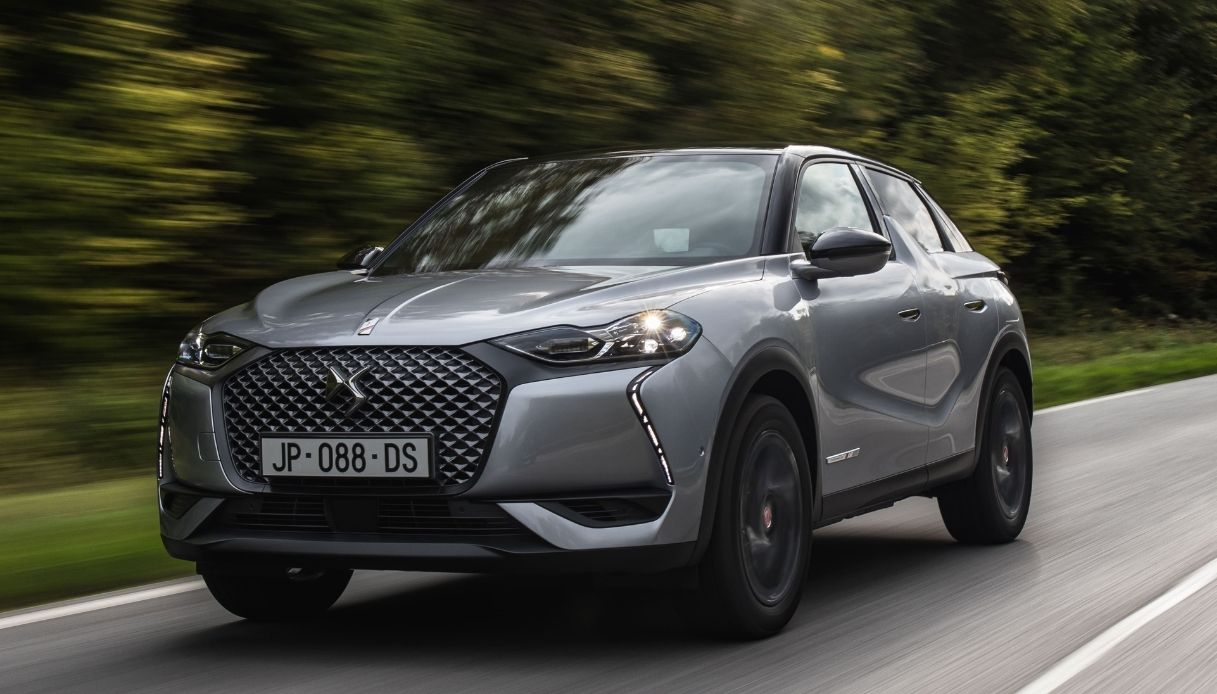 DS 3 CROSSBACK E-TENSE record