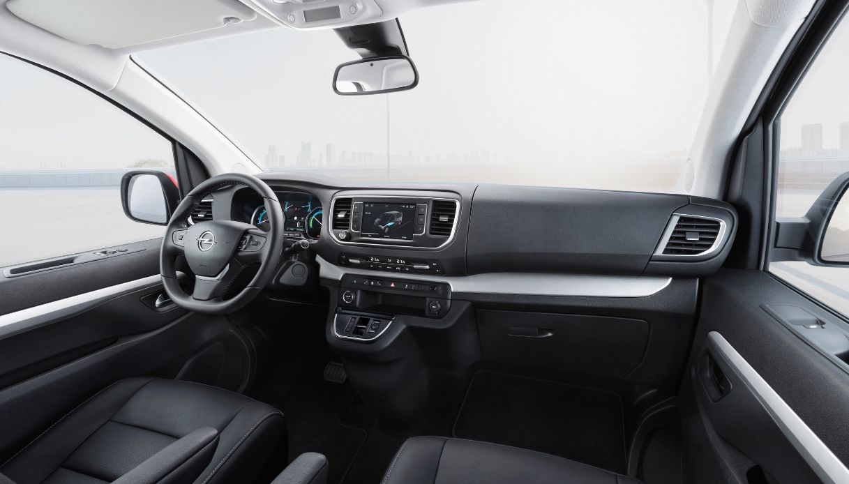 Opel-Zafira-e-life