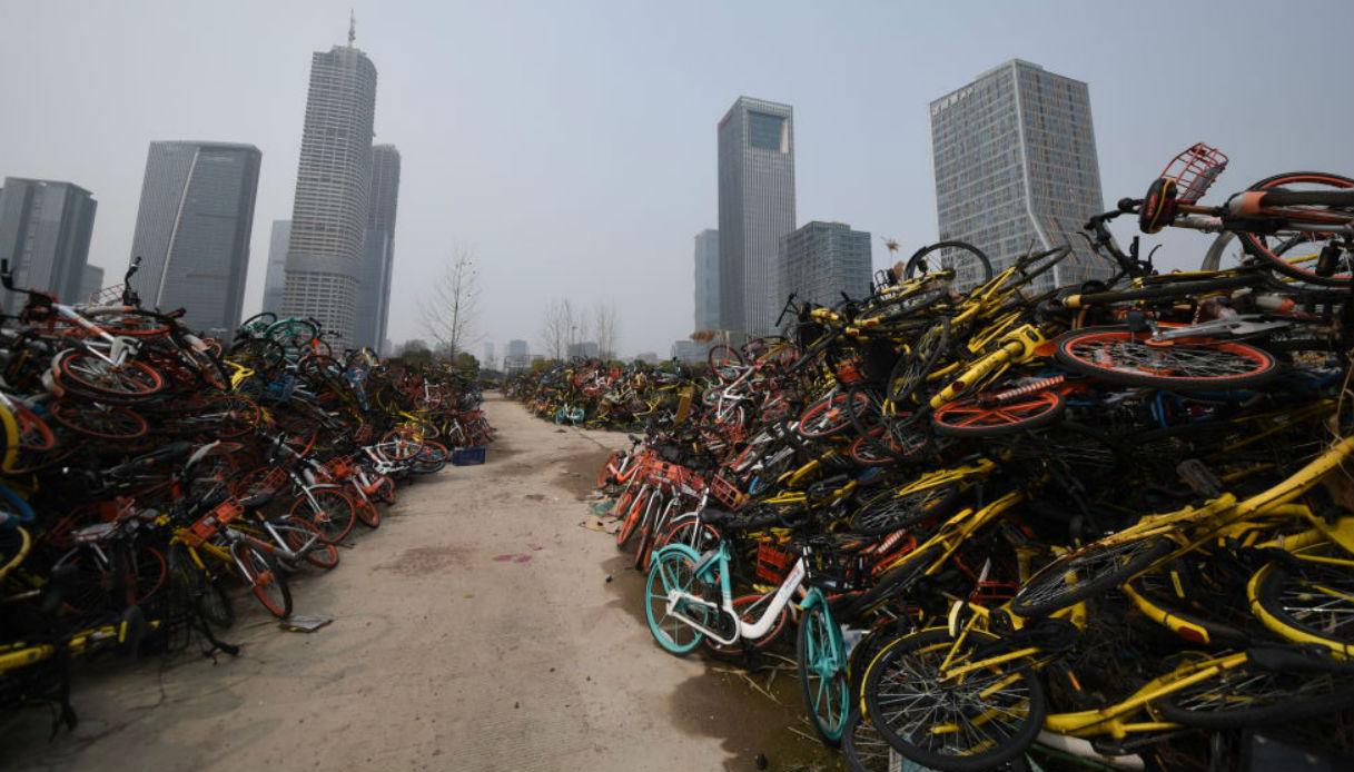 bici-cina cimiteri