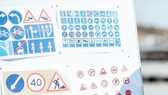 Esami di guida sospesi, il settore delle autoscuole in crisi