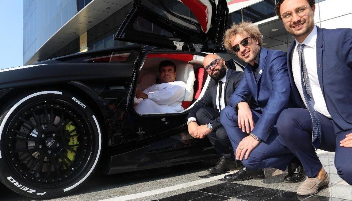 La hypercar italiana di lusso sbarca negli Emirati Arabi