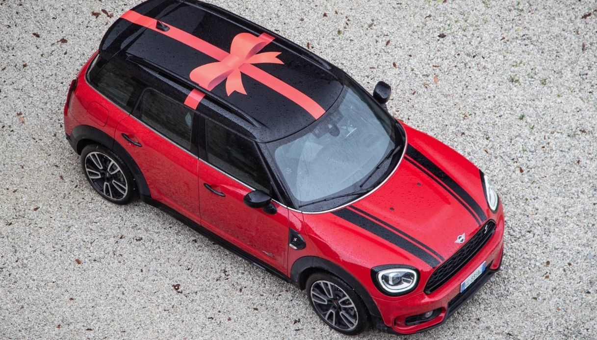 Il viaggio in Italia per Natale a bordo di MINI Countryman