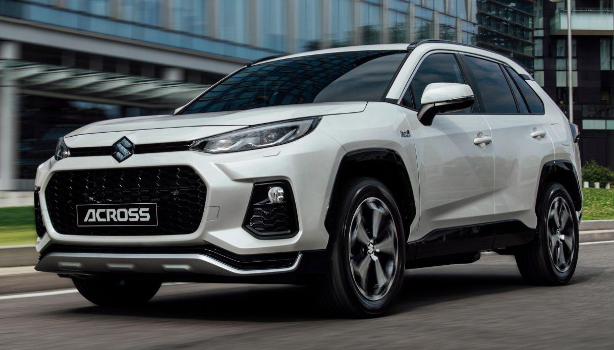 Suzuki Ccross plug-in, la nuova ibrida del brand