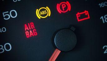 ABS e EBD, che cosa sono e cosa fare in caso di avaria