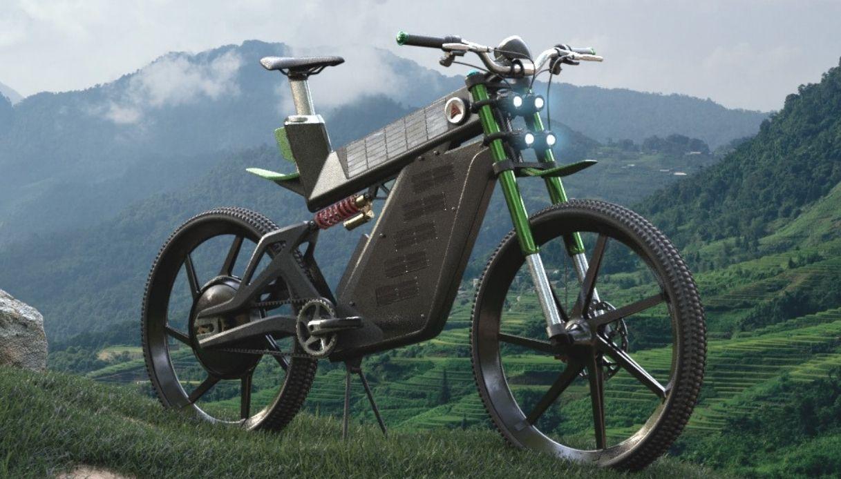 La prima bici elettrica con pannelli solari