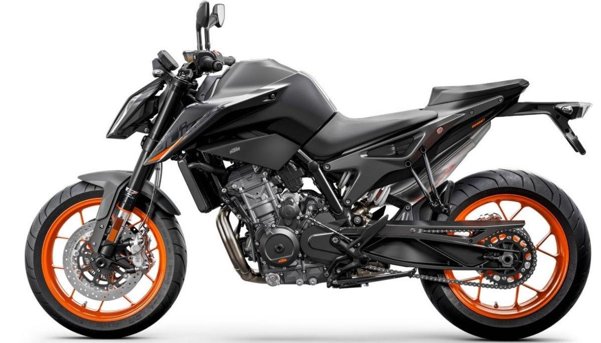 KTM presenta la nuova 890 Duke