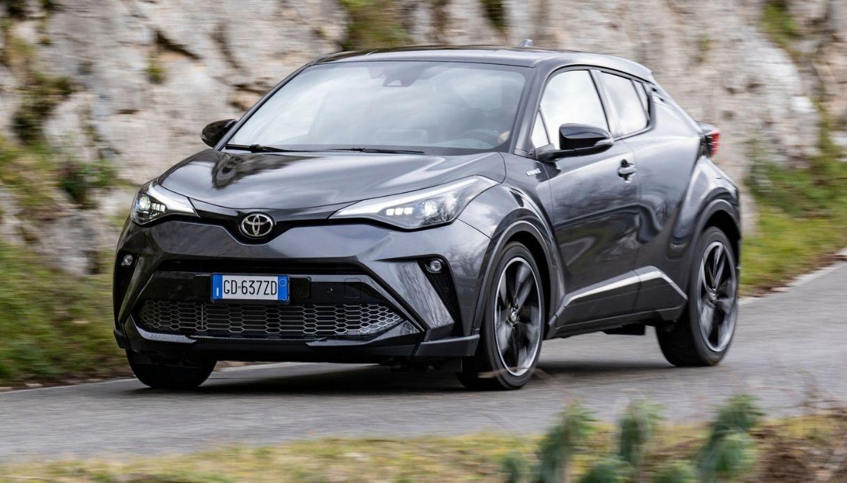 Toyota, debutta il nuovo C-HR GR Sport