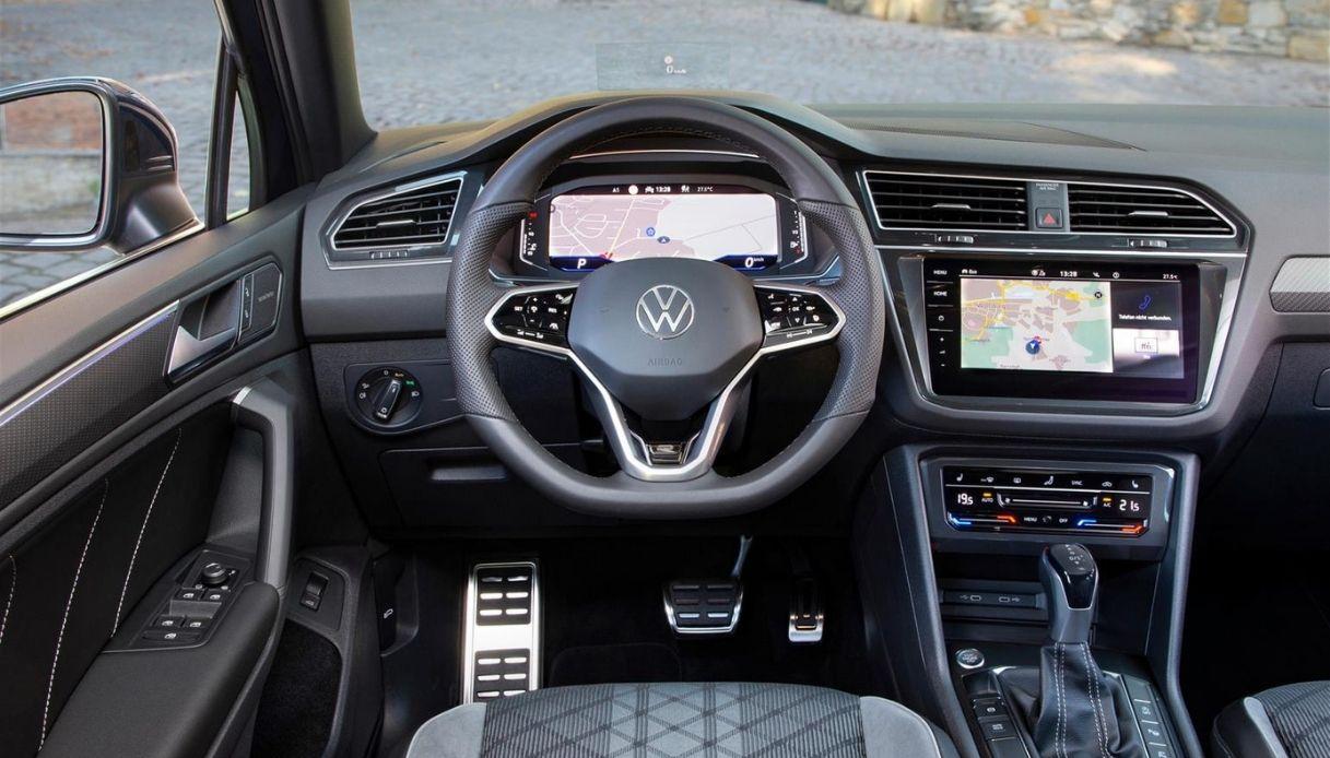 Gli interni della nuova Volkswagen Tiguan