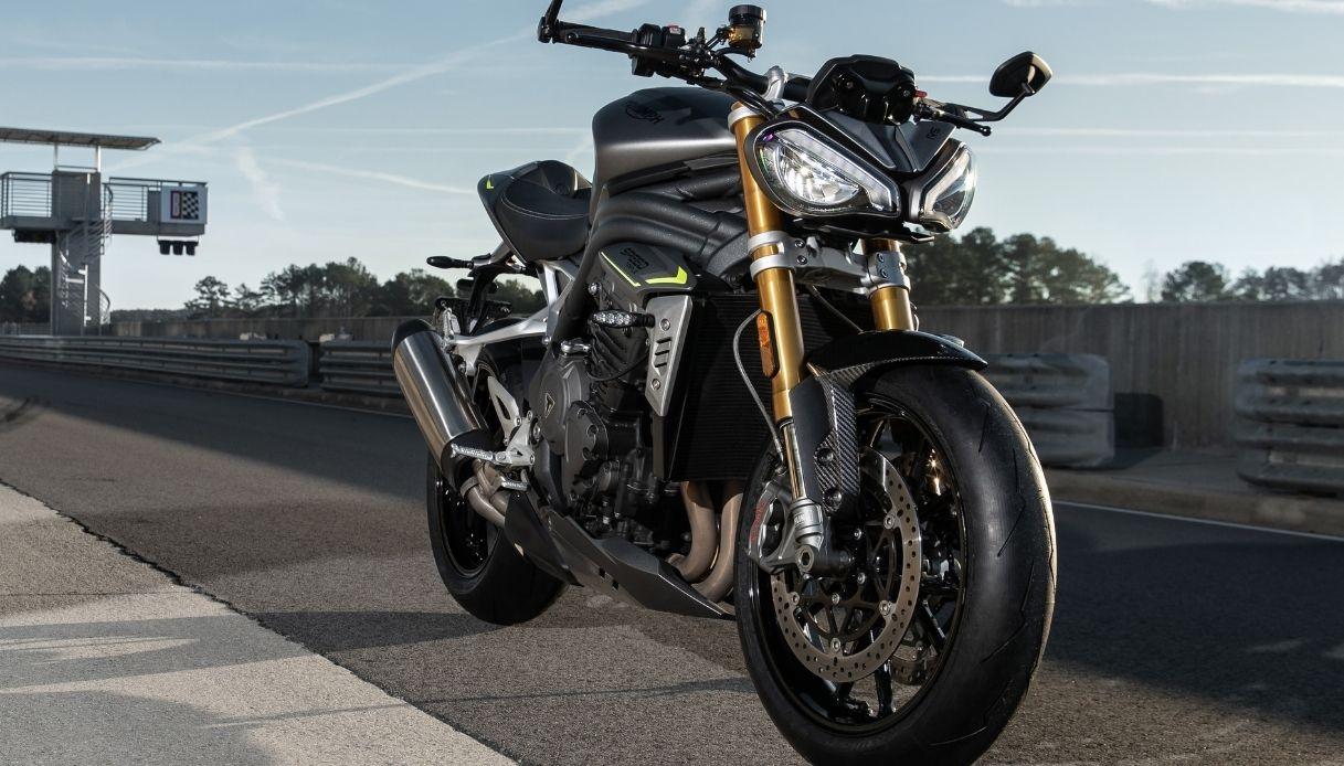 Speed Triple 1200 RS, la nuova hypernaked