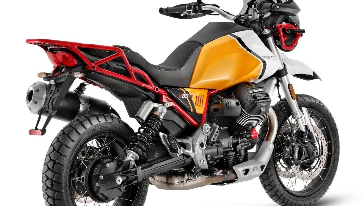 Nuova Moto Guzzi V85 TT per il 2021