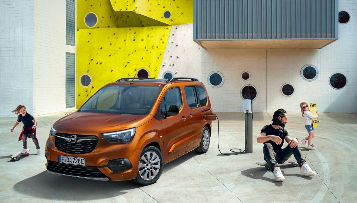 Opel presenta il nuovo veicolo elettrico Combo e-Life