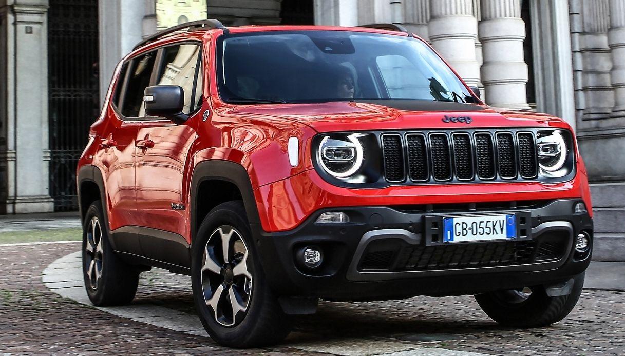 Jeep, la versione plug-in hybrid di Renegade