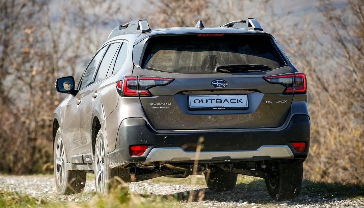 Subaru Outback 2021, il nuovo SUV