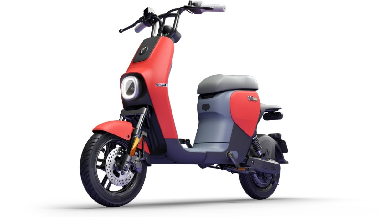 Ninebot scooter elettrico a pedali