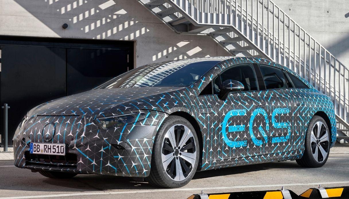 Mercedes EQS, la berlina elettrica