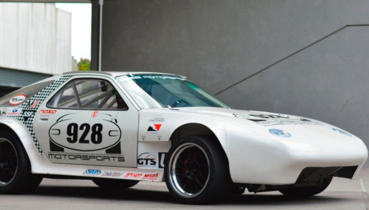 All'asta la Porsche 928 dei record di velocità