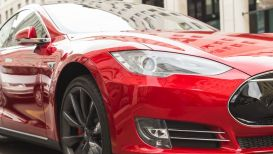 Tesla ha infranto un nuovo record: numeri da urlo