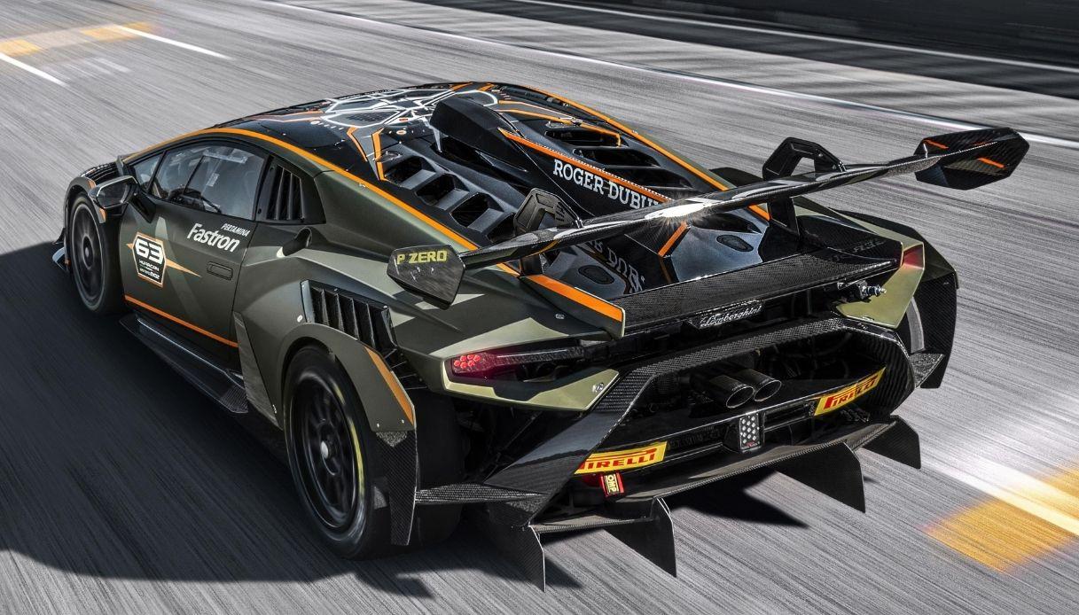 Huracan Super Trofeo EVO2, la nuova bestia di Lamborghini