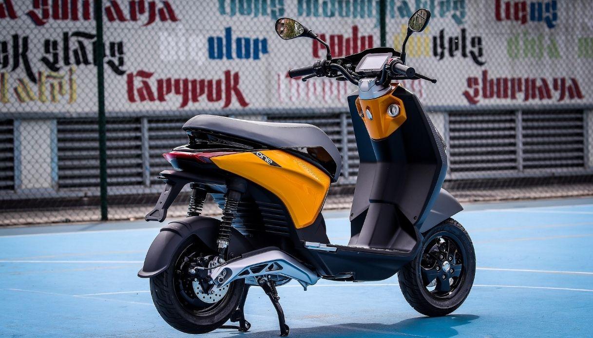 Piaggio One, il primo scooter elettrico