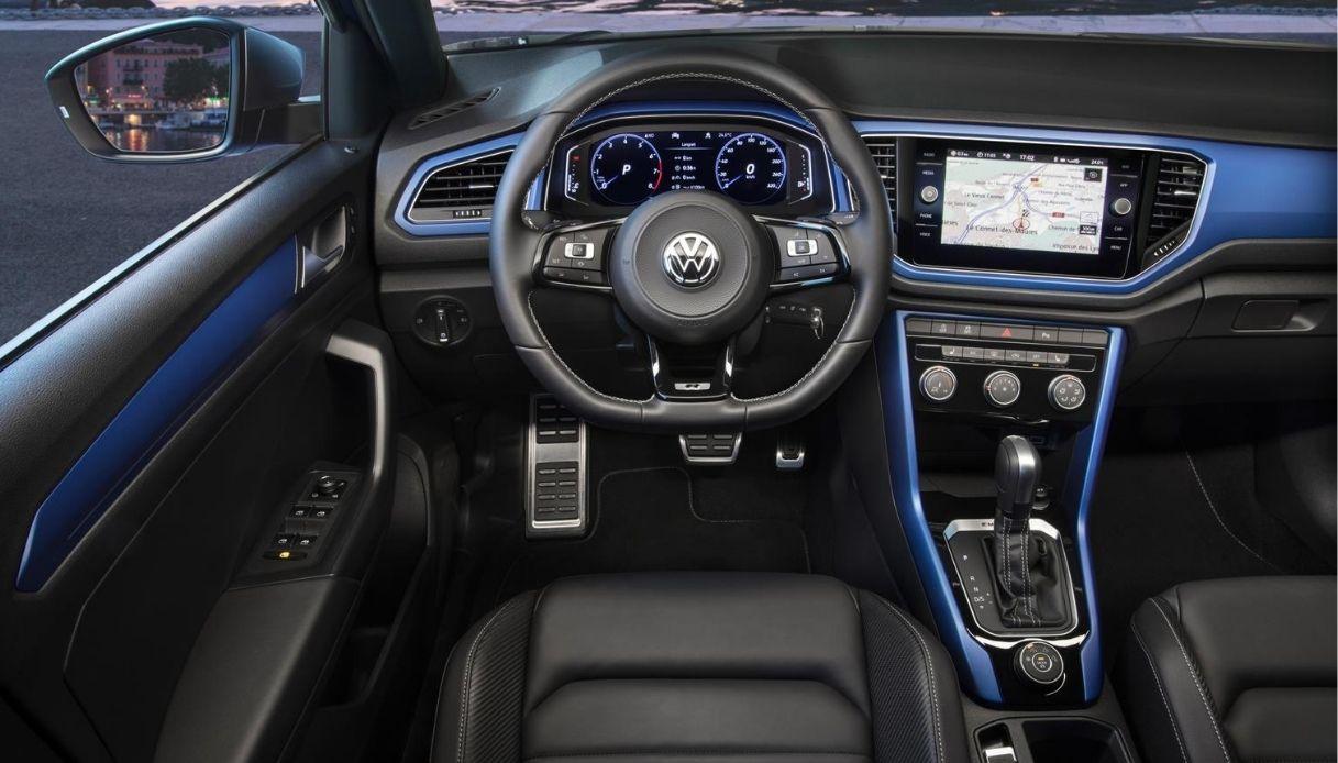 Gli interni di Volkswagen T-Roc R