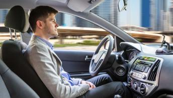 Svolta in Germania: ok alle auto con guida autonoma