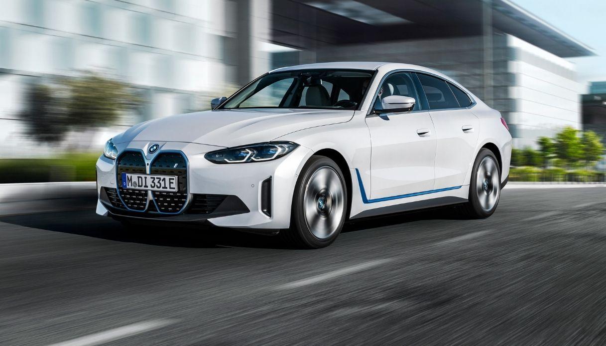 i4, la nuova berlina-coupé BMW
