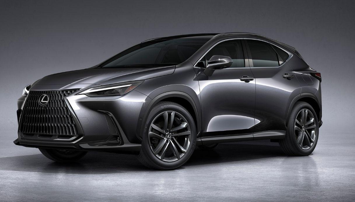Lexus svela il nuovo NX